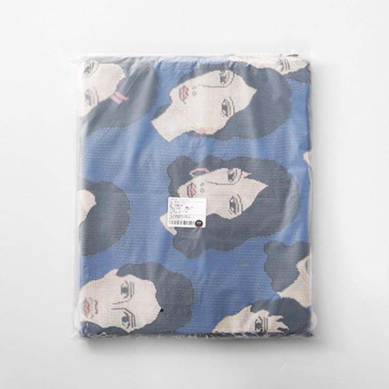 Faces throw Blanket